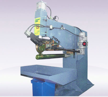 AC longitudinal seam welder
