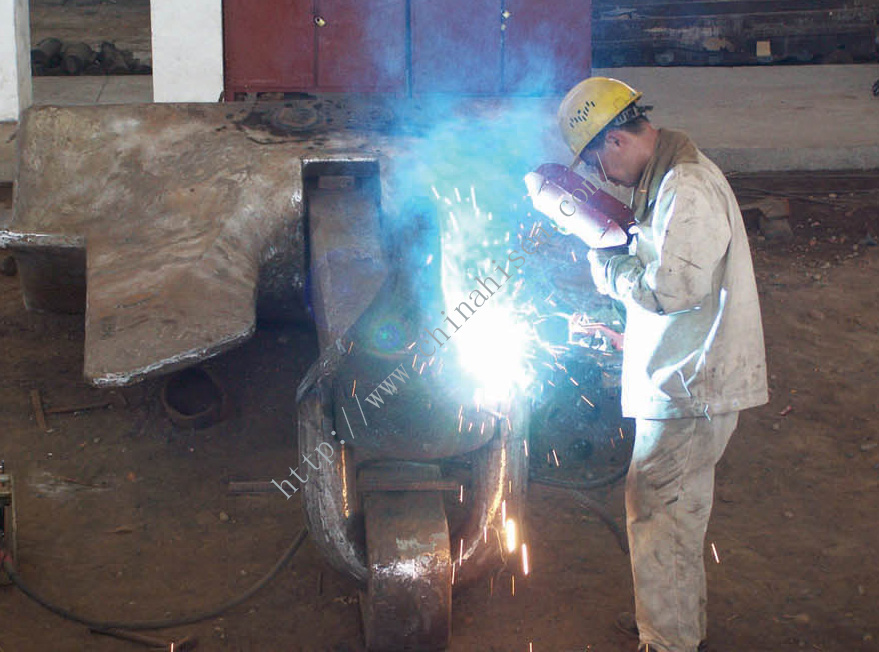 AC-14 HHP anchor welding process.jpg