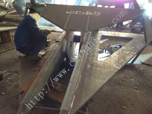 flipper delta type anchor welding process.JPG