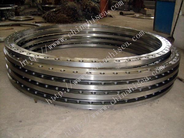 Stainless-steel-lap-joint-flanges-in-big-size.jpg