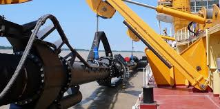 side suction system on dredger.jpg